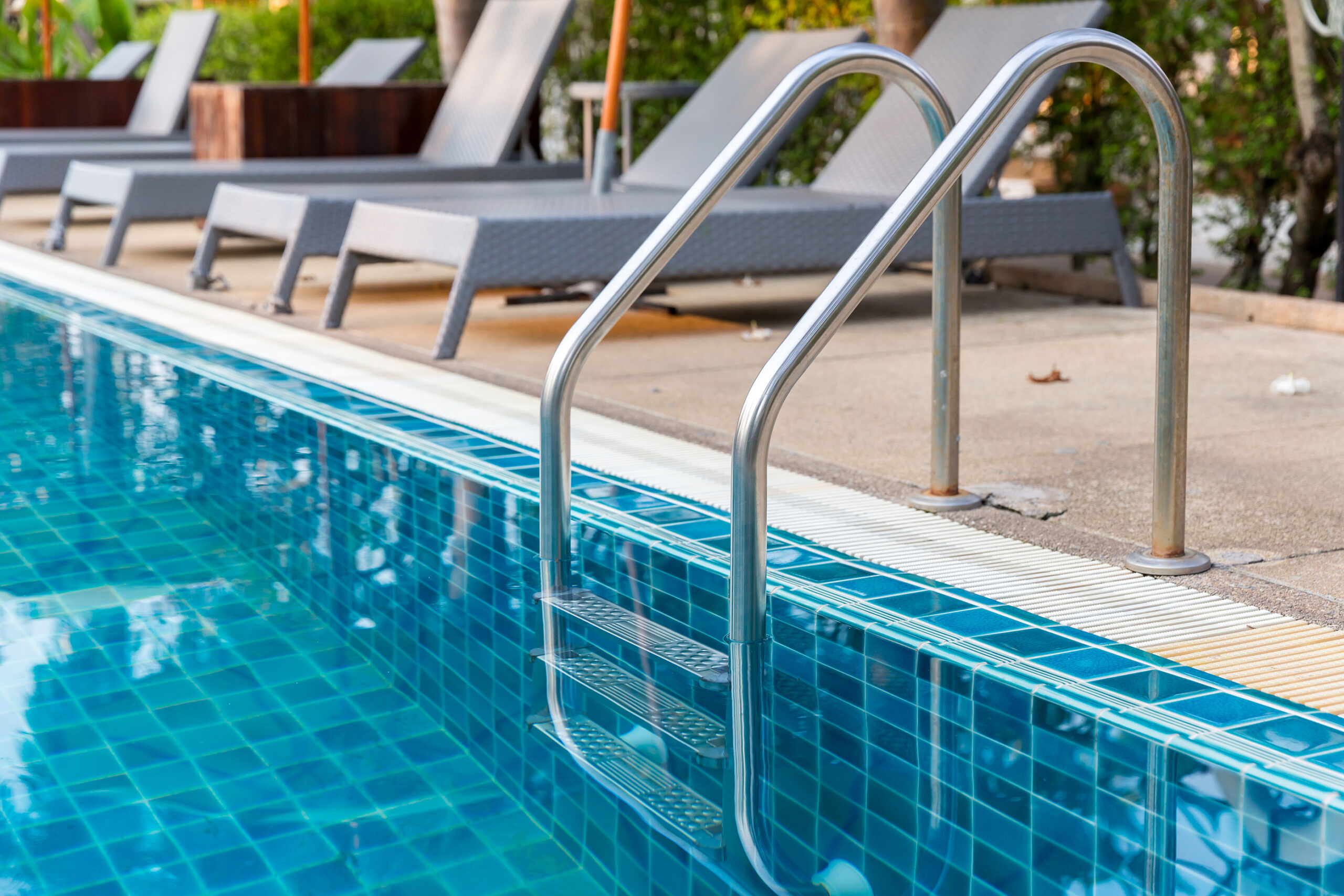 Pool Cleaning Services Victoria - Sludgebusters